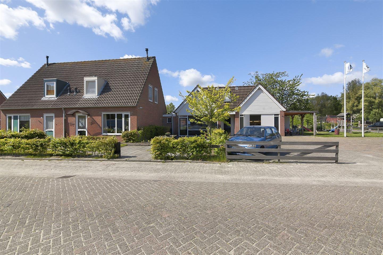 Bekijk foto 1 van Willemstrjitte 26