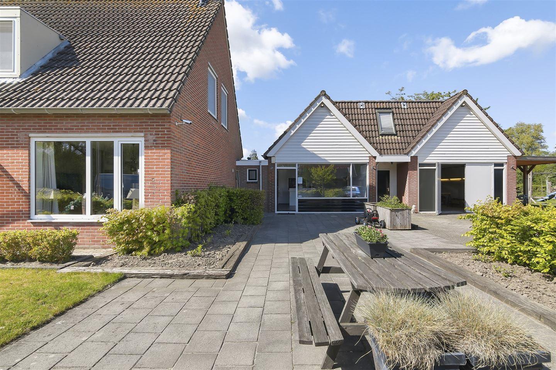 Bekijk foto 3 van Willemstrjitte 26