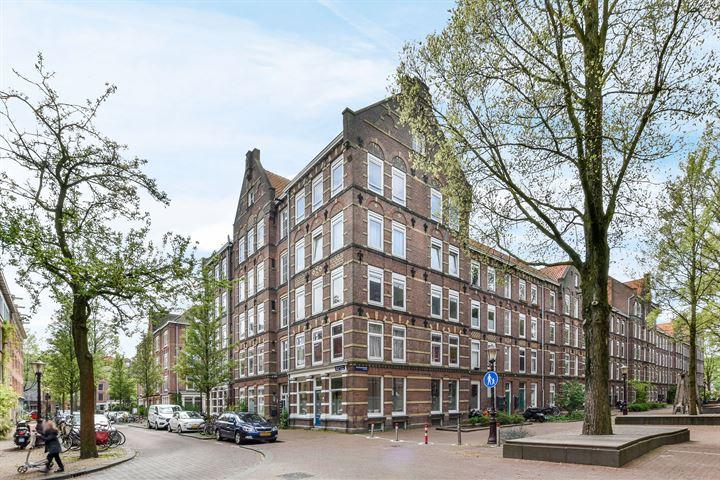 Van Linschotenstraat 10