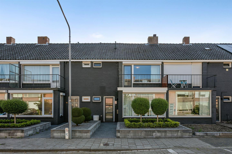 Bekijk foto 1 van Rassegemstraat 13