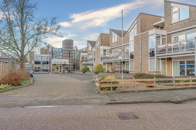 Bekijk foto 3 van Lupinehof 24