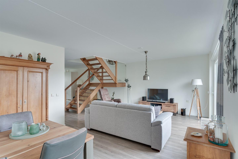 Bekijk foto 2 van Lupinehof 24