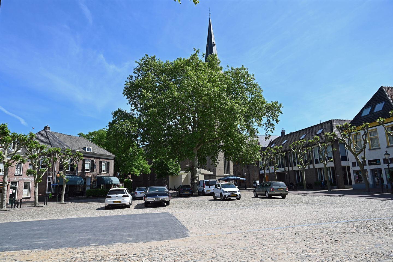 Bekijk foto 2 van Markt 13 F