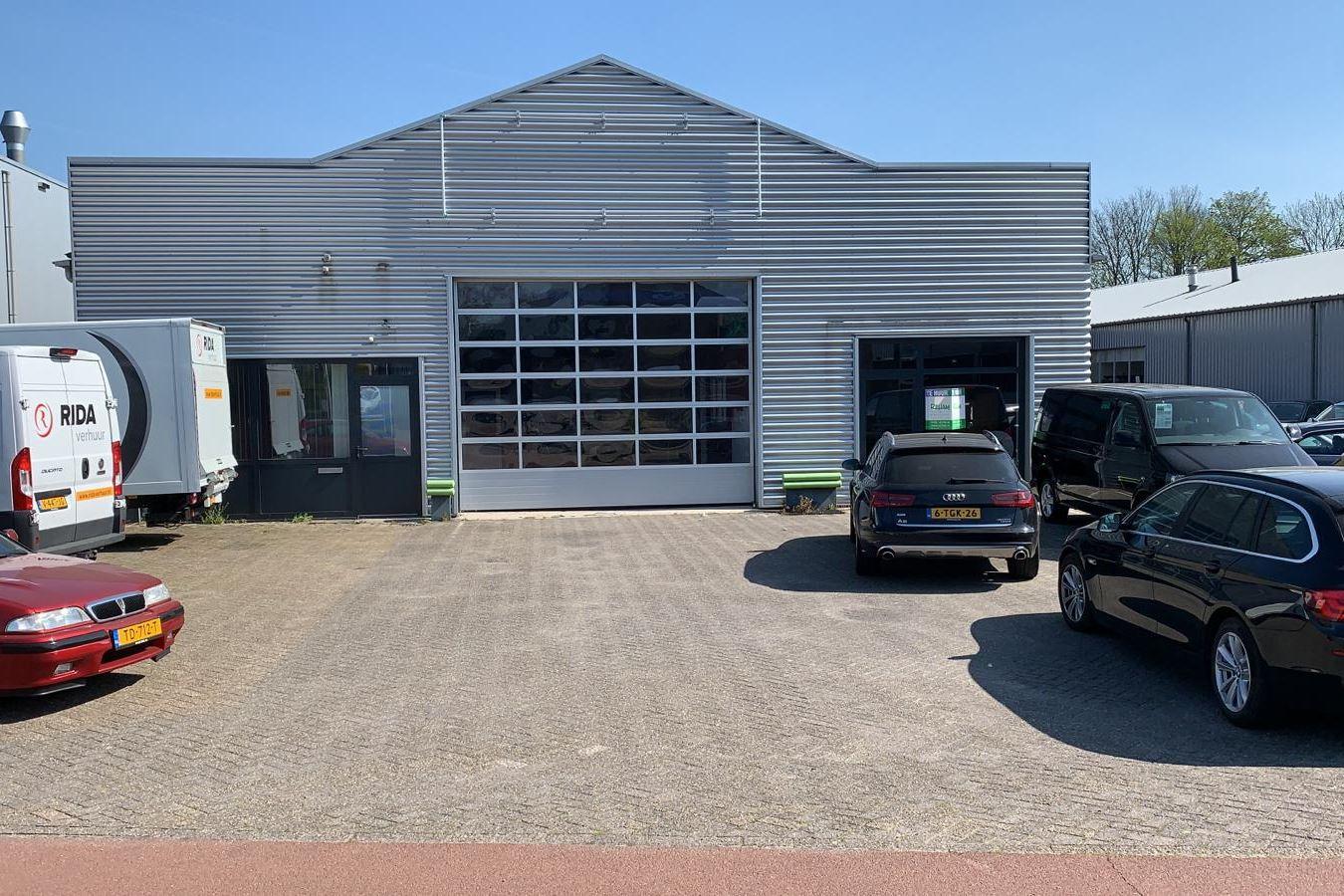 Bekijk foto 1 van Mr. F.J. Haarmanweg 2