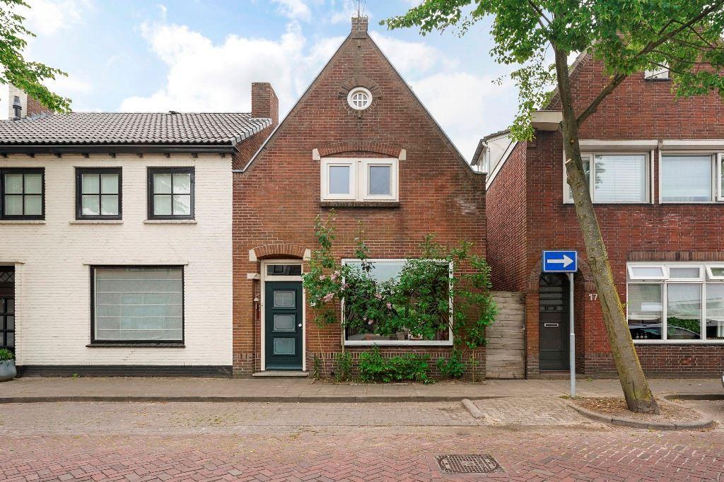 Bekijk foto 1 van Tilburgseweg 15