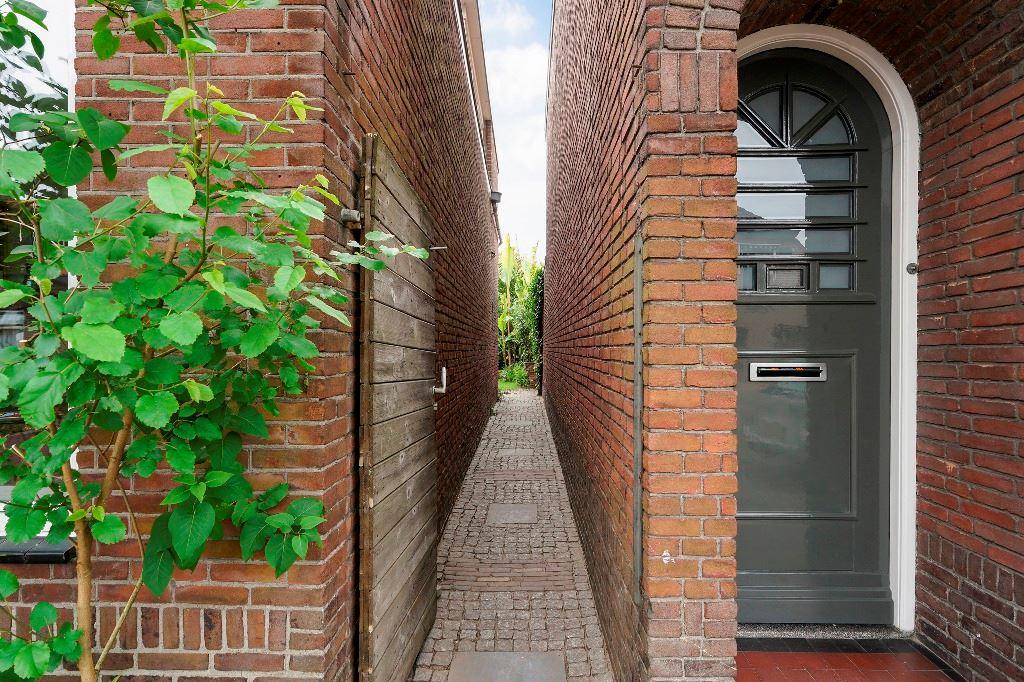 Bekijk foto 2 van Tilburgseweg 15