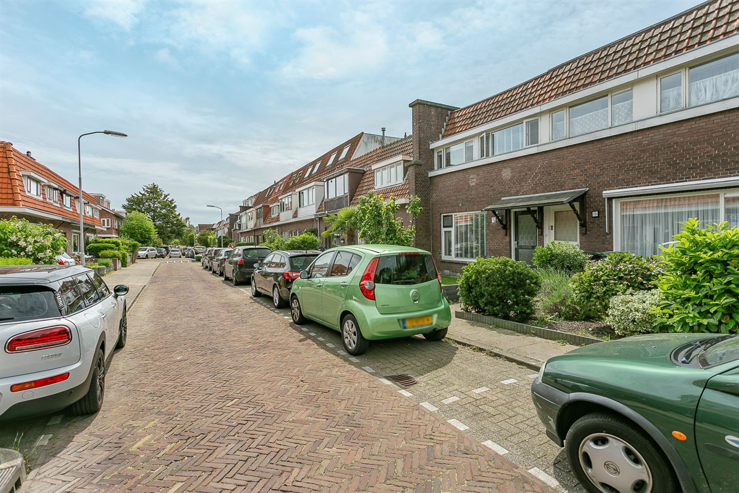 View photo 2 of Tedingerstraat 12