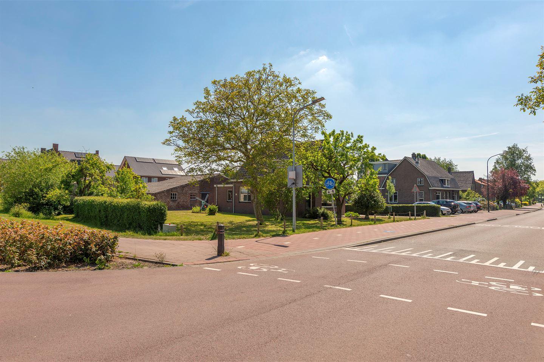 Bekijk foto 3 van Bernhardstraat 40