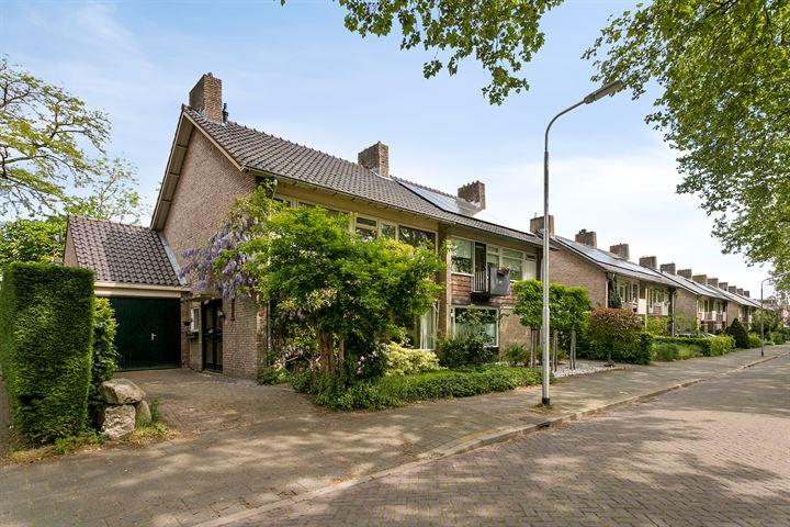 Van den Boenhoffstraat 15
