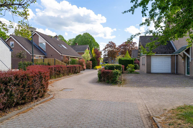 Bekijk foto 2 van Wethouder Viveenstraat 7