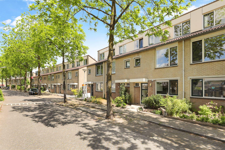 Bekijk foto 1 van Wijdeveldstraat 24