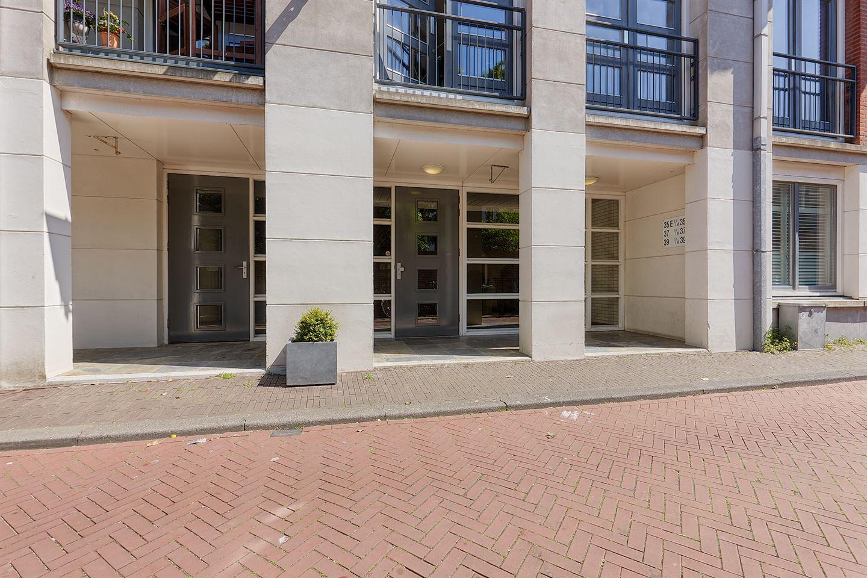 View photo 2 of Laan van Roos en Doorn 35 P