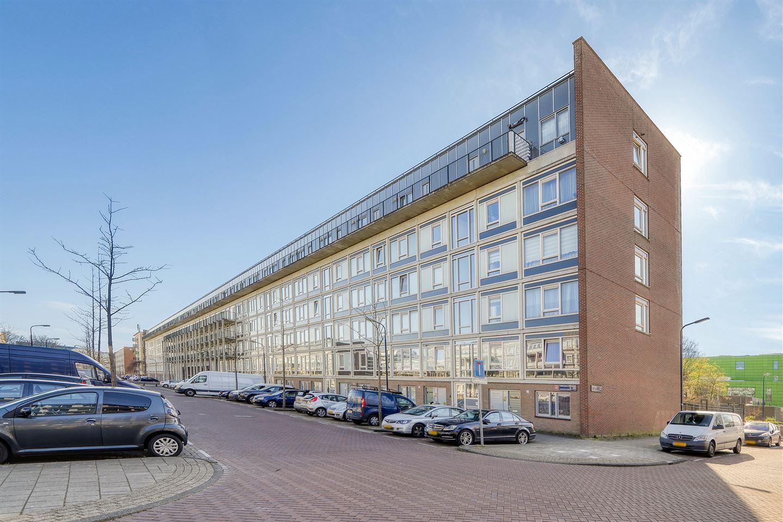 Bekijk foto 3 van Lederambachtstraat 48