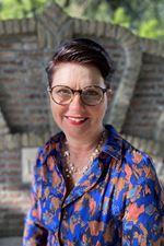 Nicolette van Dort - van Wijngaarden (Office manager)