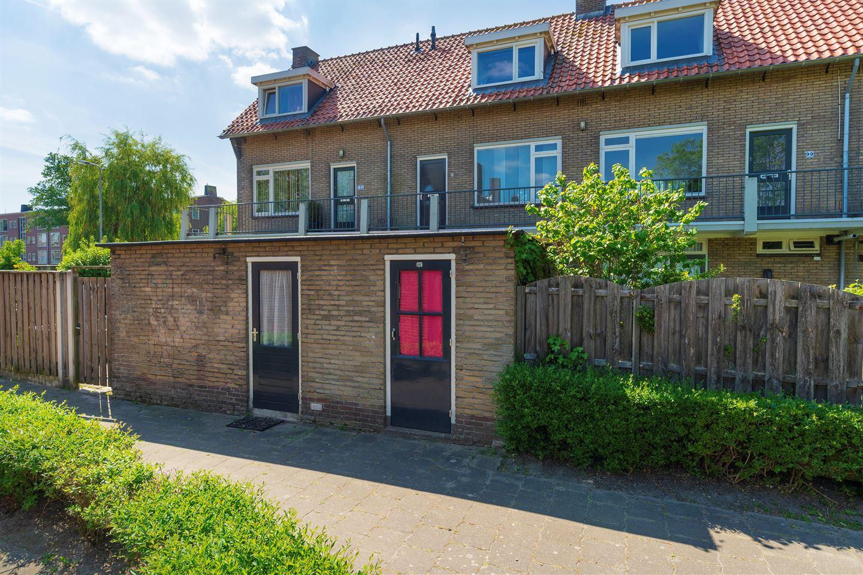 Bekijk foto 5 van De Ruyterstraat 101