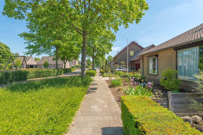 Bekijk foto 3 van Van Hogendorpstraat 9