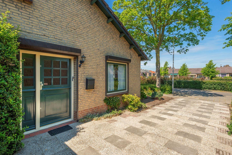 Bekijk foto 4 van Van Hogendorpstraat 9