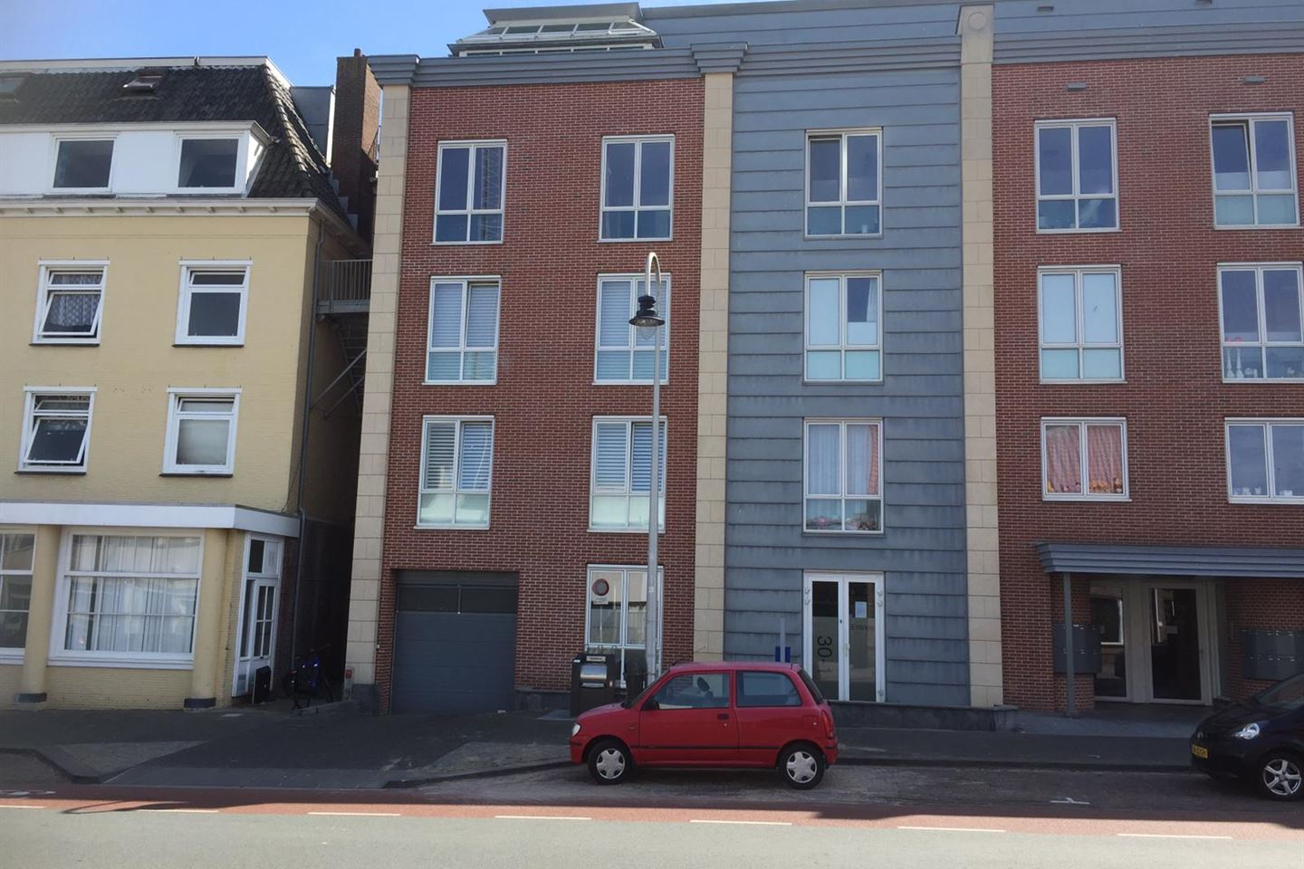View photo 1 of Hogeweg GARAGE NR 8