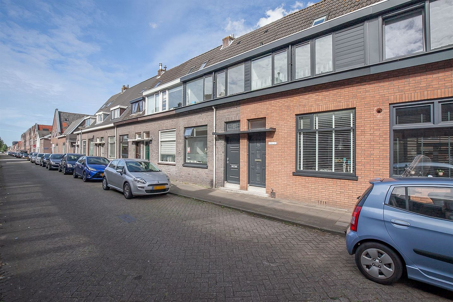 View photo 2 of Buffelstraat 163