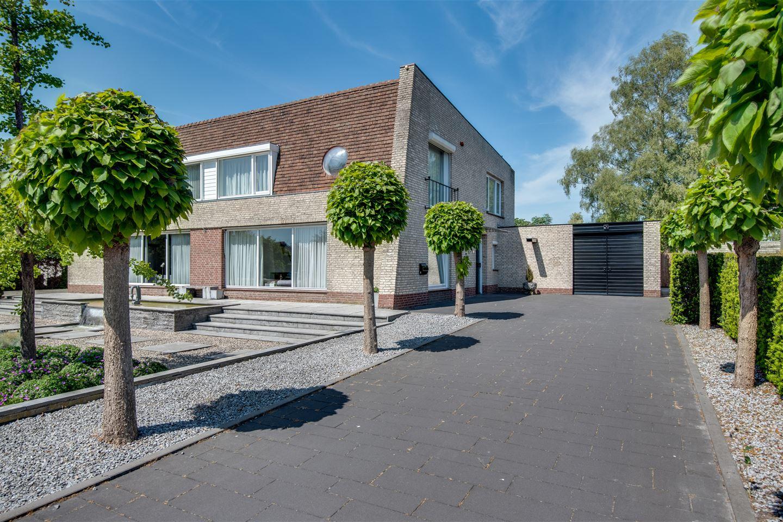 Bekijk foto 3 van Vossenbergselaan 4
