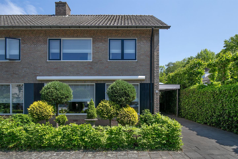 Bekijk foto 3 van Meindert Hobbemastraat 9