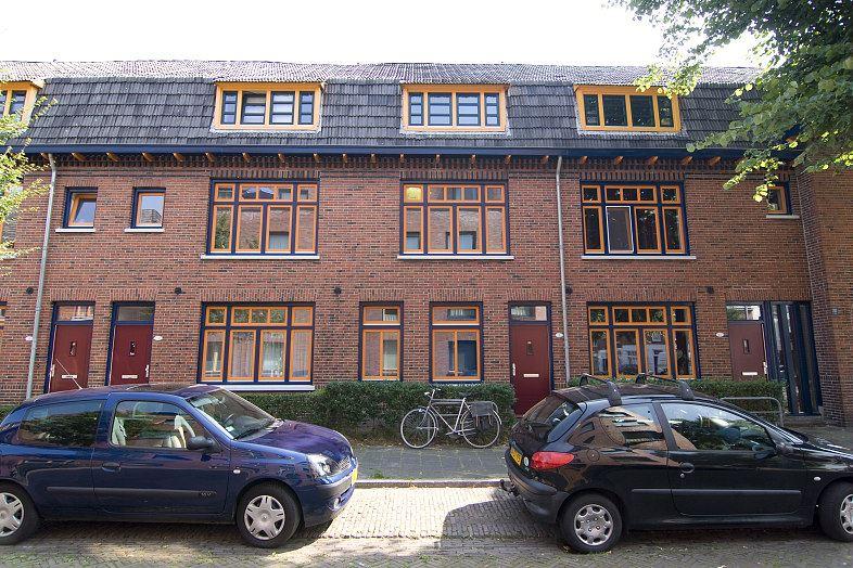 Bekijk foto 1 van Gerbrand Bakkerstraat 3