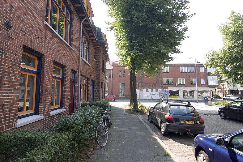 Bekijk foto 3 van Gerbrand Bakkerstraat 3