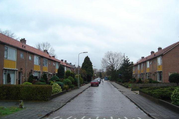 P C Hooftstraat 1