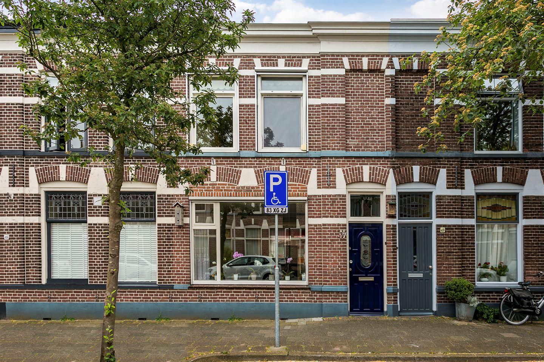 Bekijk foto 3 van Verenigingstraat 47