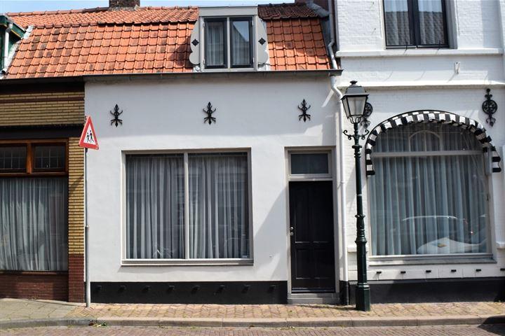 Koninginnestraat 13