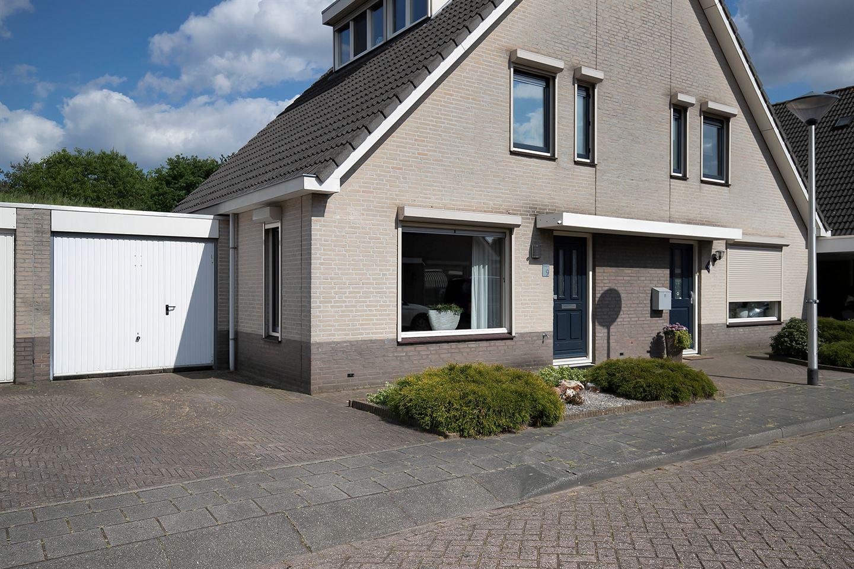 Bekijk foto 1 van Zeelandhof 9