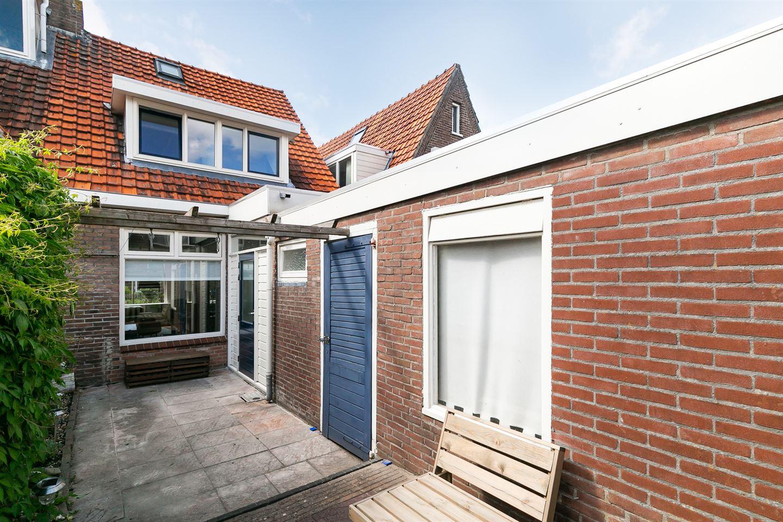 Bekijk foto 3 van M A de Ruyterstraat 8