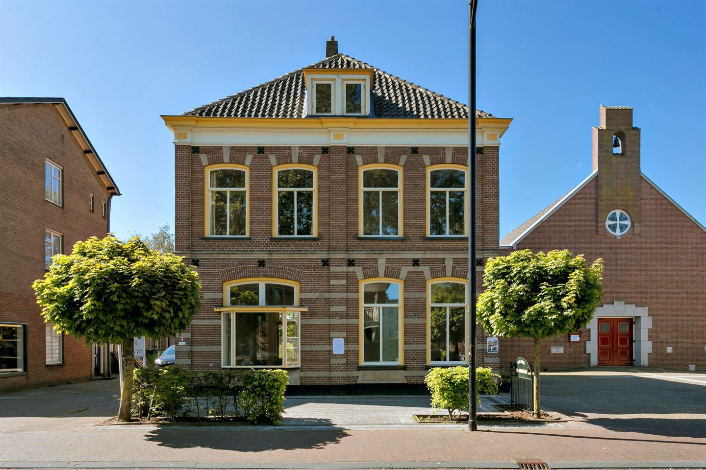 Bekijk foto 1 van Zutphenseweg 11