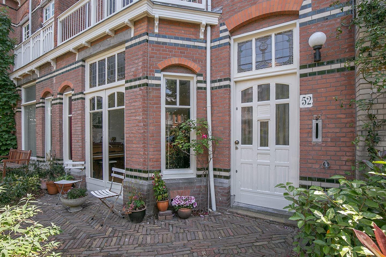 Bekijk foto 2 van Cornelis Jolstraat 52