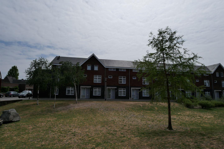 Bekijk foto 1 van Wezelplein 13