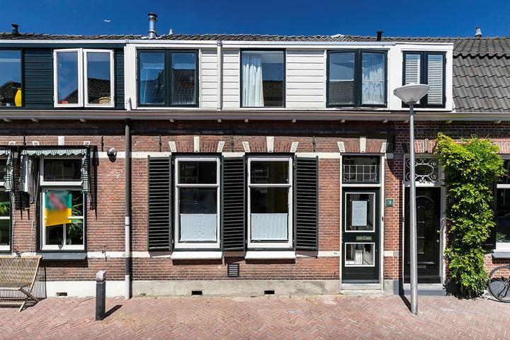 J.W.C. Bloemstraat 13