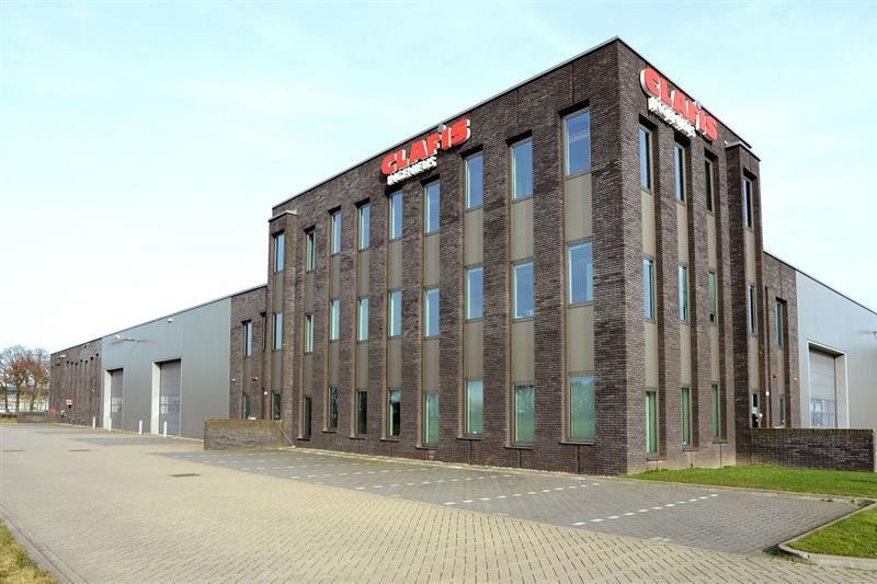 Bekijk foto 1 van Jan Tinbergenstraat 130