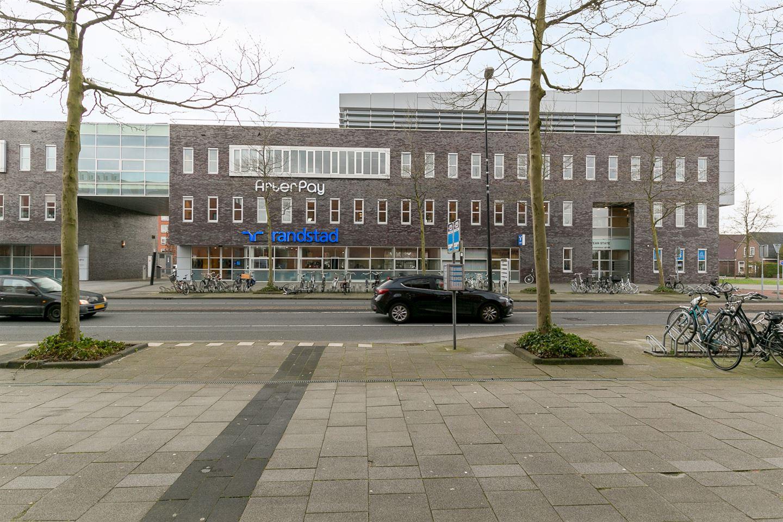 Bekijk foto 2 van K R Poststraat 62-68