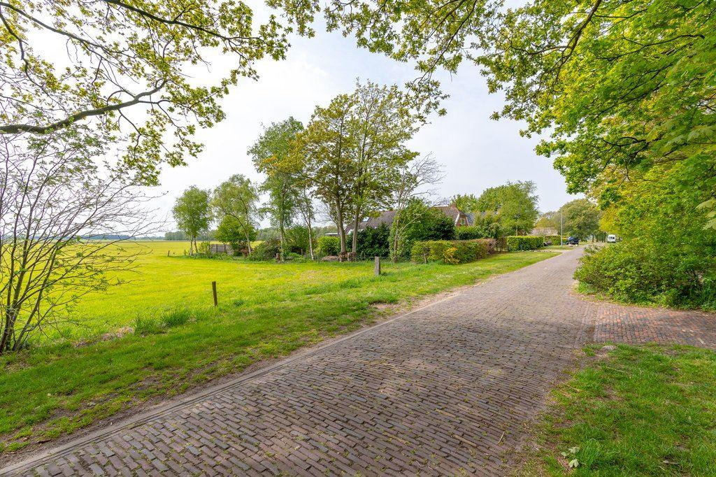Bekijk foto 2 van Haulerwijksterweg 21