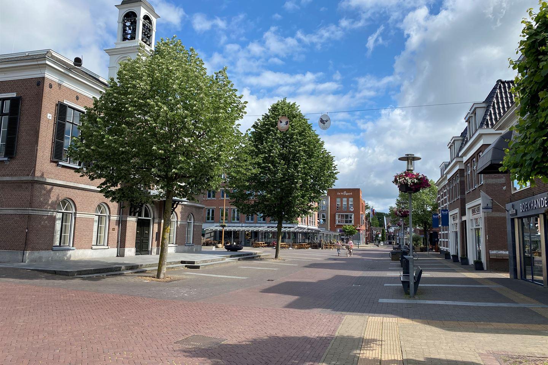 Bekijk foto 3 van Raadhuisplein 42