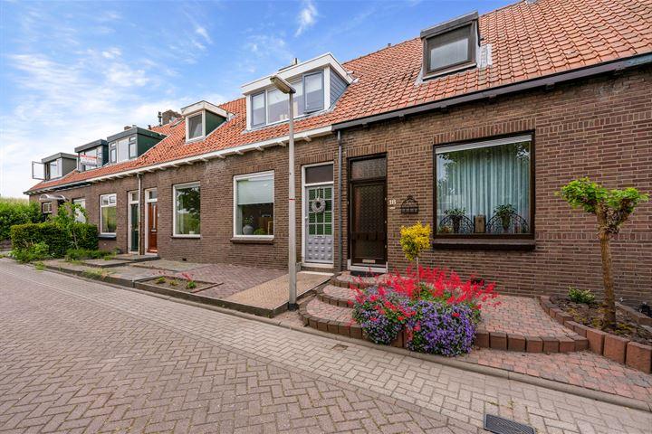 Burgemeester van Akenwijk 19