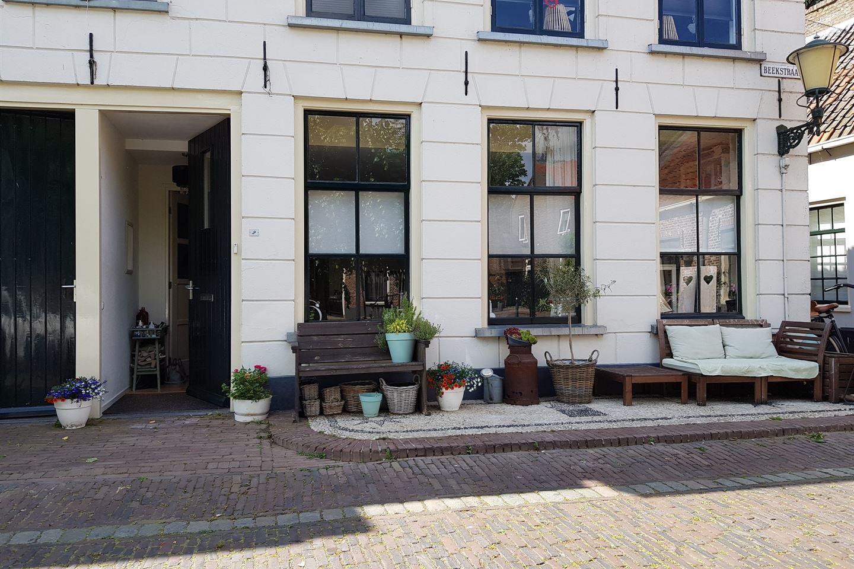 Bekijk foto 2 van Beekstraat 2