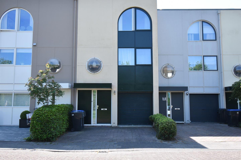 Bekijk foto 2 van Koevordermeerstraat 19