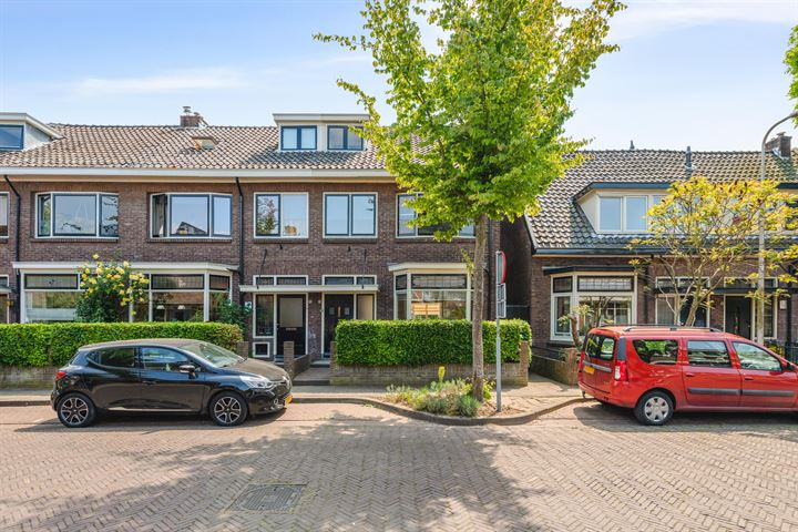 Burg. Van Marlestraat 8