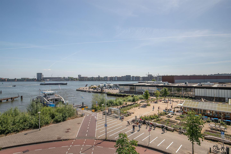 Bekijk foto 2 van Johan van Hasseltweg 2 -32