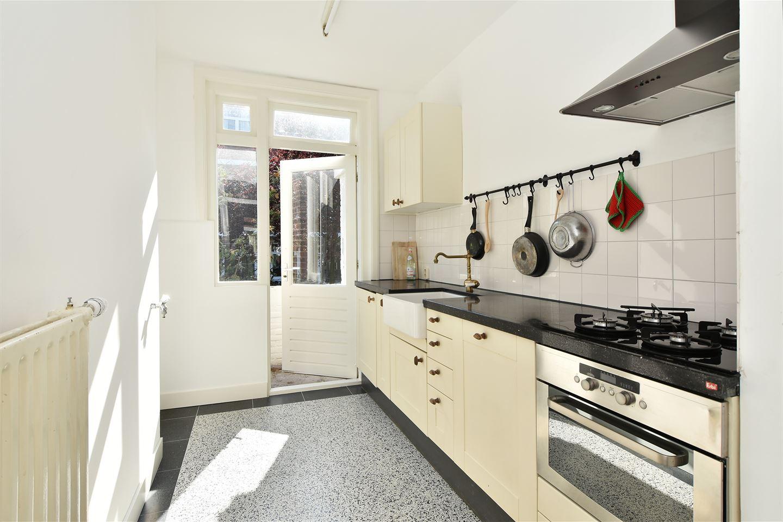 Bekijk foto 4 van Van der Aastraat 104