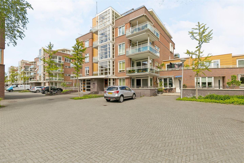 Bekijk foto 1 van Floris Versterstraat 16