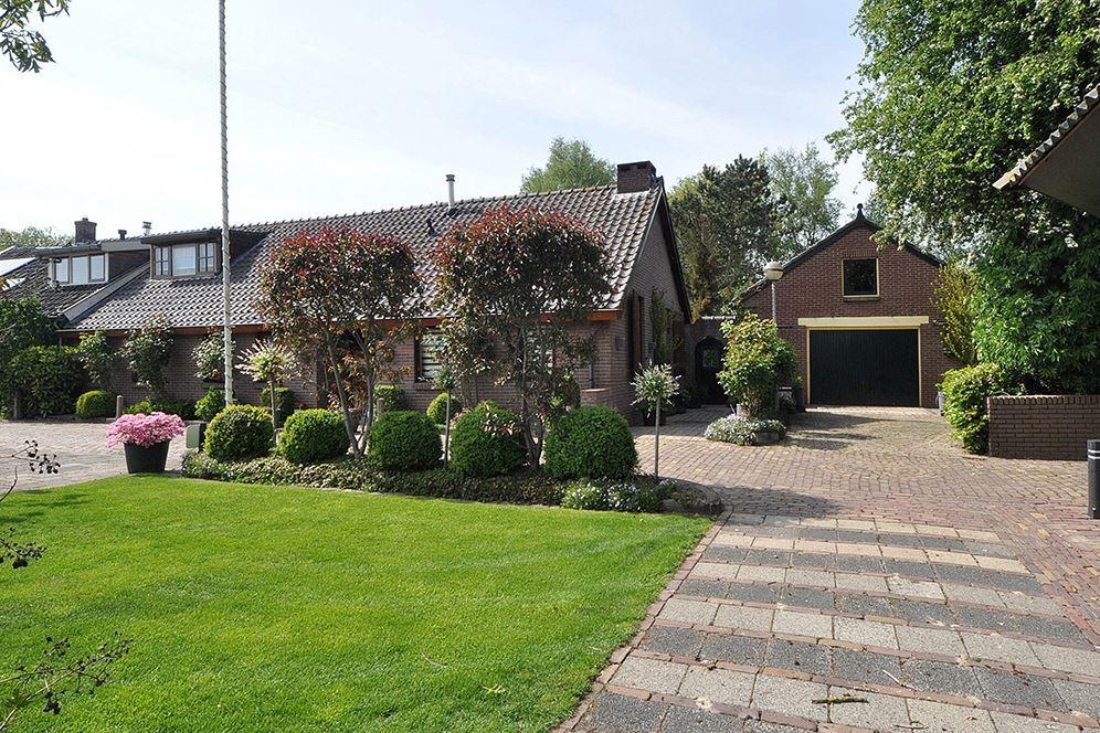 View photo 1 of Kerkdijk 172
