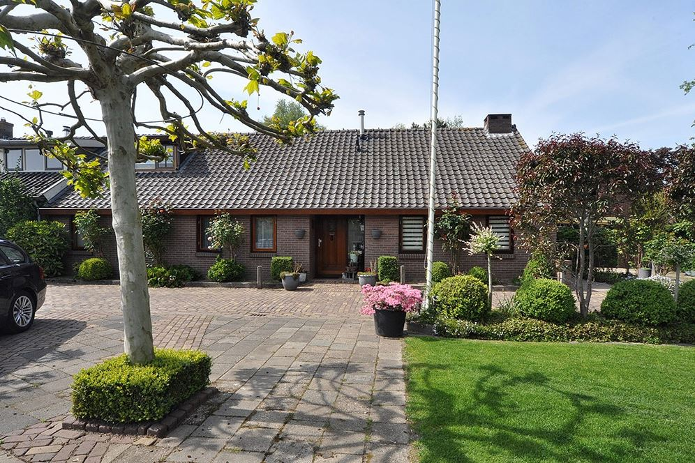 View photo 6 of Kerkdijk 172