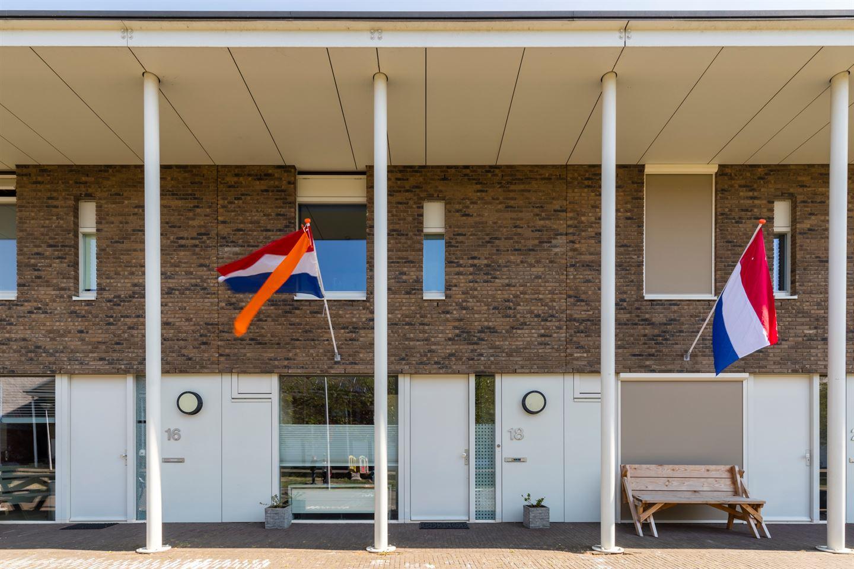 Bekijk foto 1 van Roelof Drosthof 18